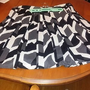 Grayscale Geometric Skirt